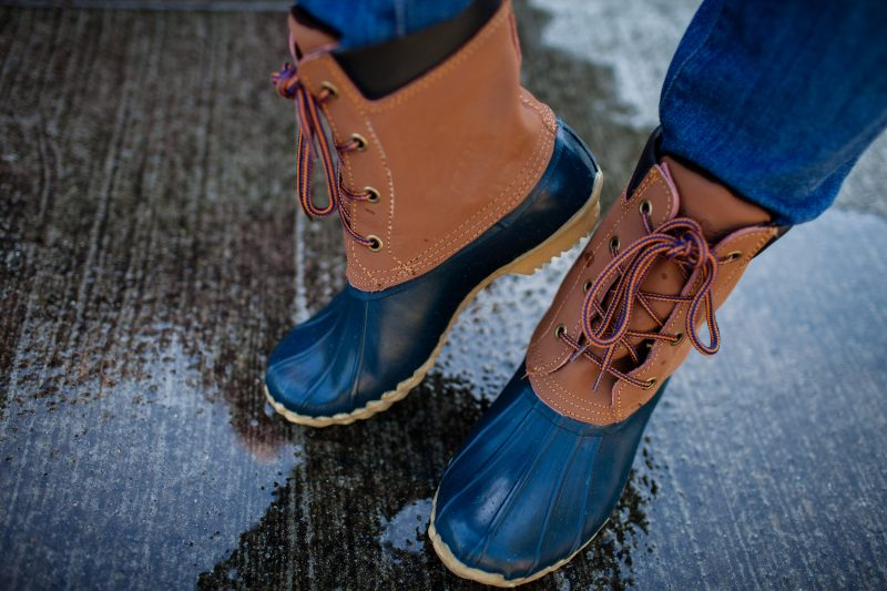 The Washington Shoe Company is known for their popular Chooka and Western Chief rain boots. These duck boots are super comfortable.