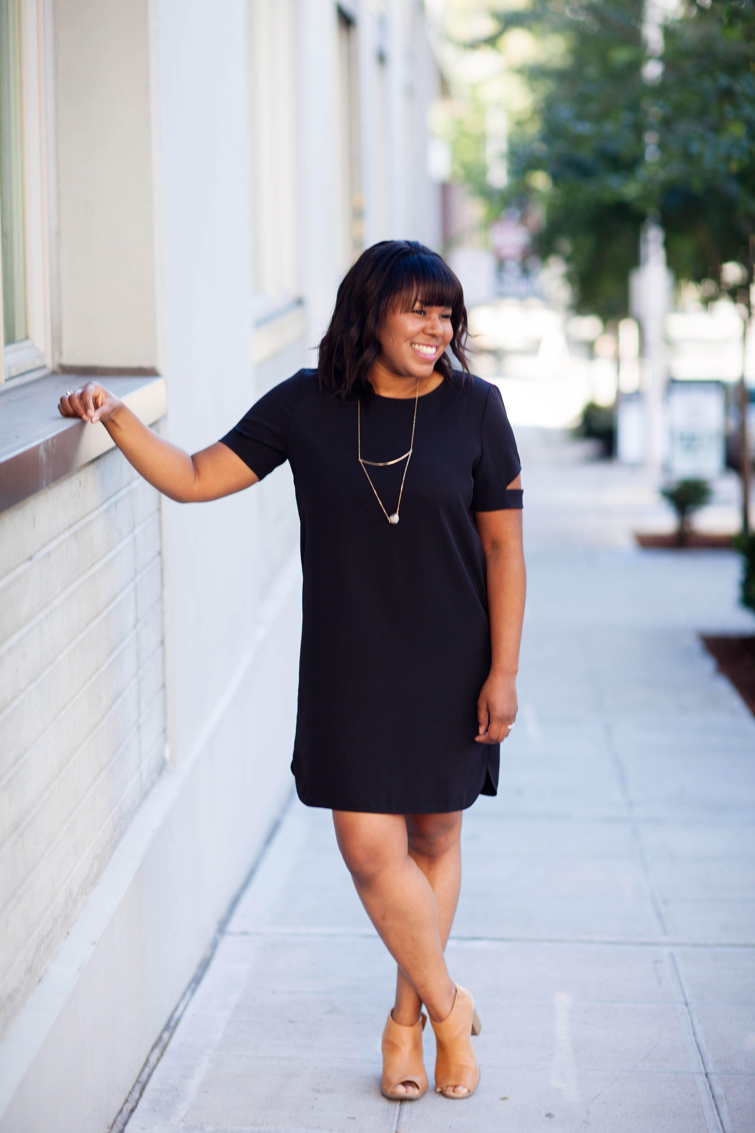 I am excited to share this new (at least to me) brand Tobi. They have so many cute styles and I love their dresses. Decent quality too.