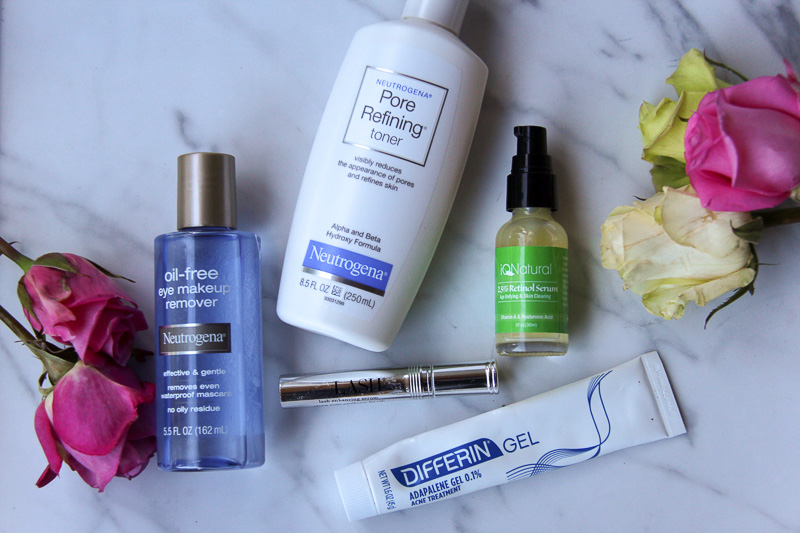 I truly believe that a good skin care regime is the foundation to a flawless complexion, alongside adequate sleep and hydration of course! Here is my list of tried and true products for oily skin.